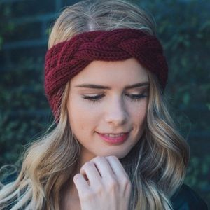Accessories - ✨Knitted Head Warmer in Wine🍷✨